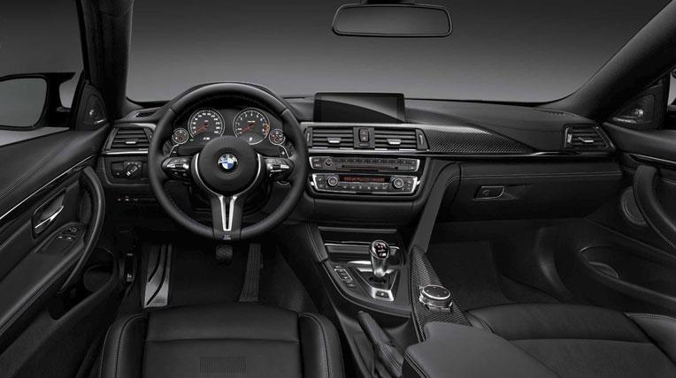Lexus-TF-C-vs-BMW-M4-14.jpg