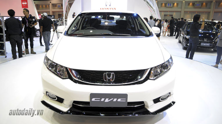 honda-civic-2014-(7).jpg