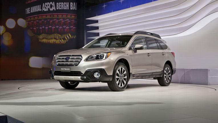 Công bố giá bán Subaru Outback 2015