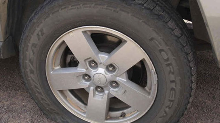 Nguy hiểm chết người từ những lốp xe hết 'date'