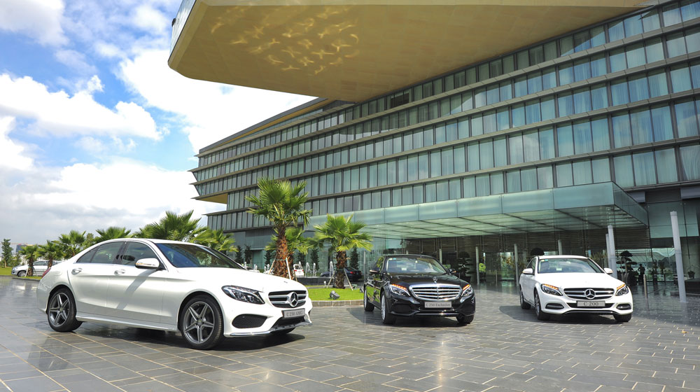 Mercedes-Benz-C200-C250-Exclusive---C250-AMG-(1).jpg