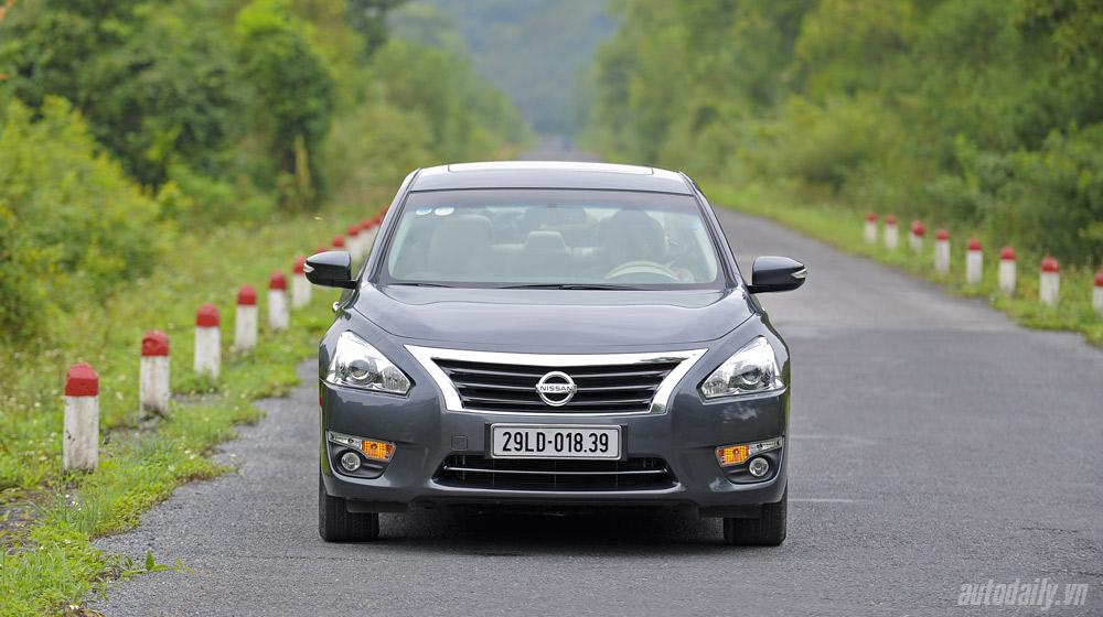 Nissan Teana 2014 (4).jpg