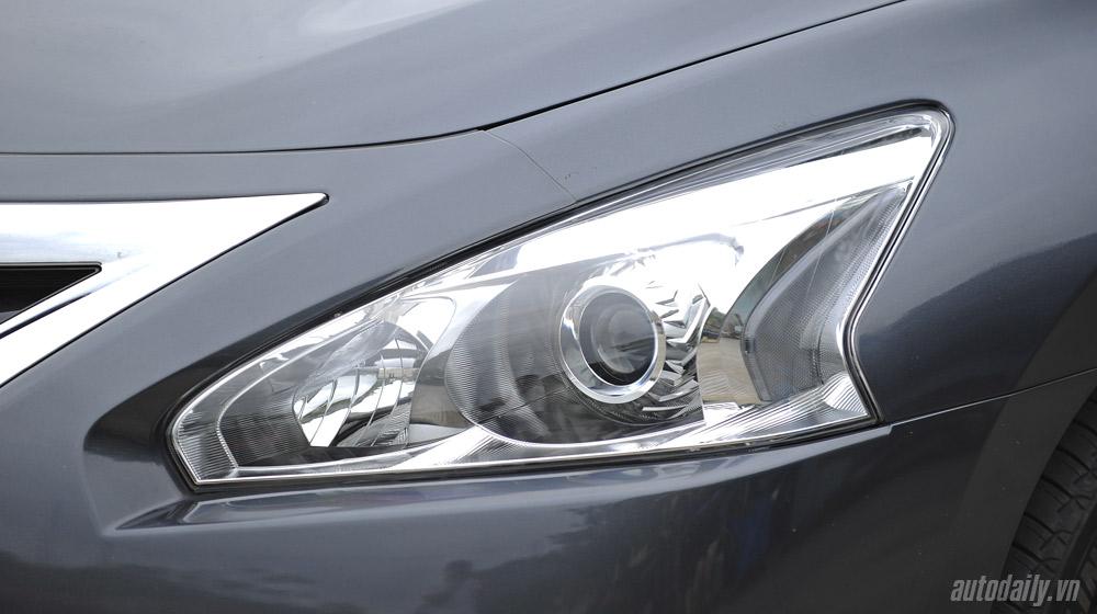 Nissan Teana 2014 (65).jpg