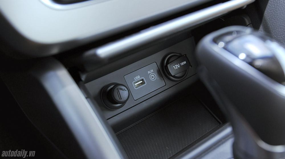 Hyundai Sonata 2014 (38).jpg