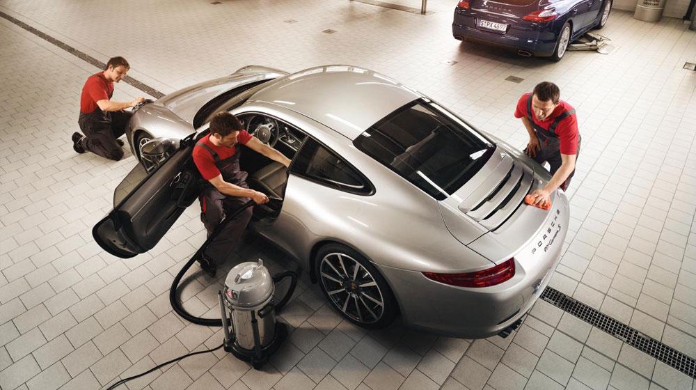 Làm đẹp xe Porsche bằng dịch vụ chính hãng