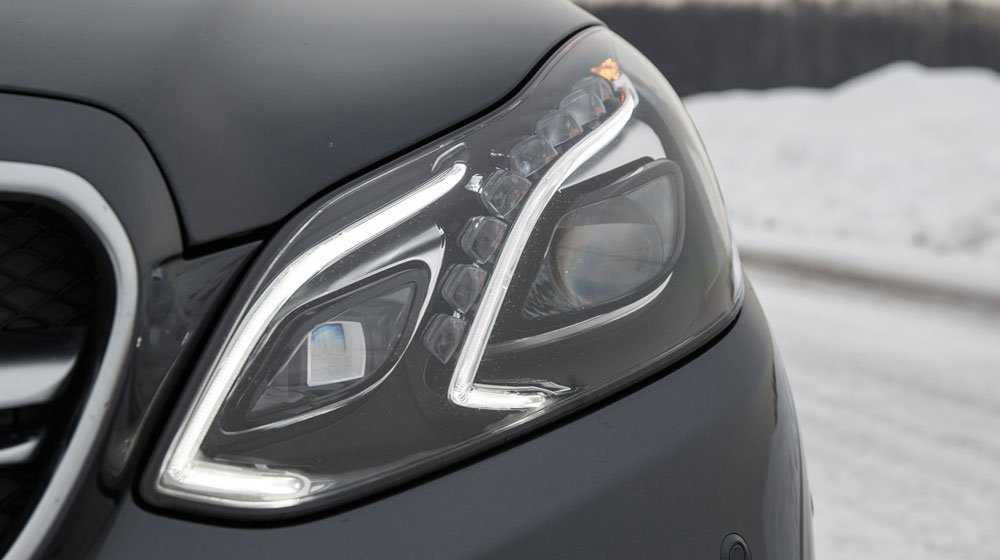 2014-mercedes-benz-e63-amg-wagon-headlamp.jpg