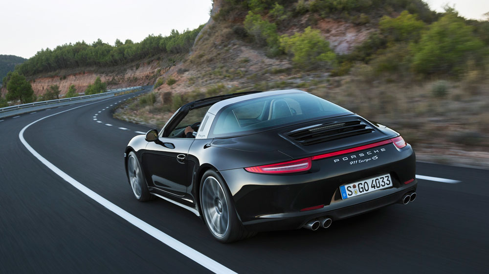 2014-porsche-911-targa-rear-three-quarters-in-motion.jpg