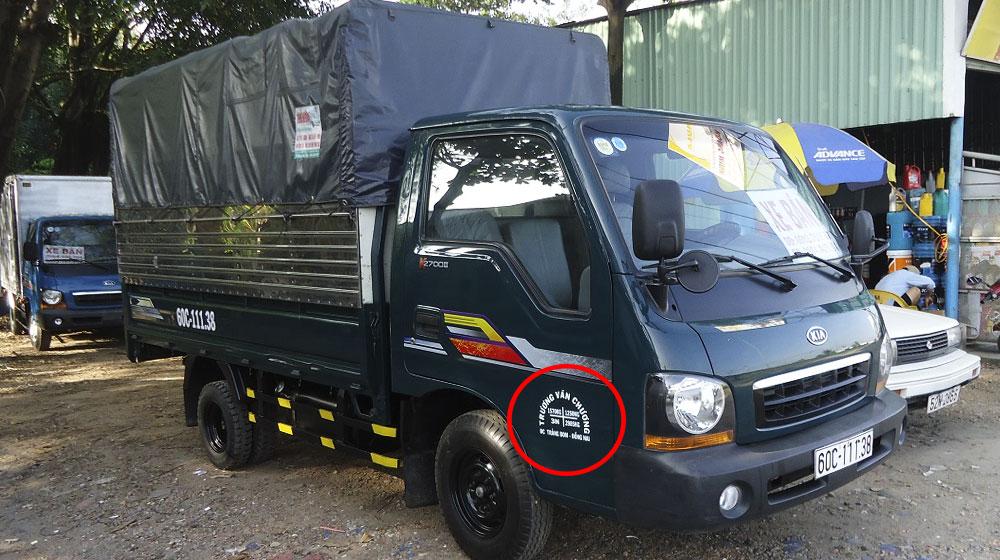 Tại sao xe tải phải ghi thông tin lên cửa xe?
