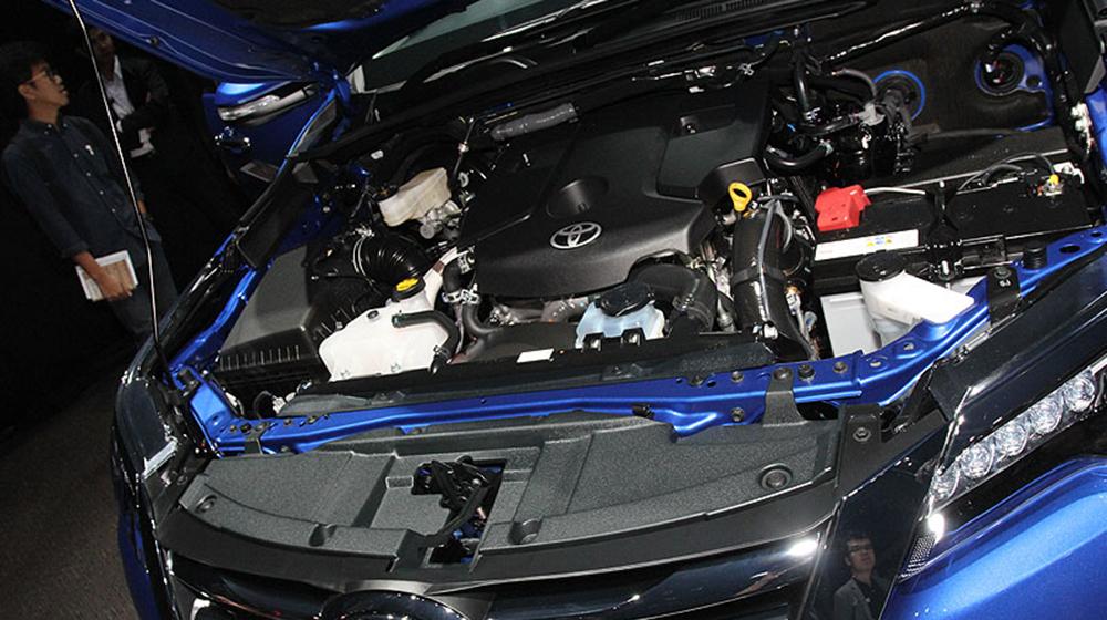 Toyota_Fortuner_2016 (10).jpg