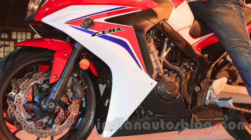 2015-Honda-CBR-650R-side-fairing-1-launched-900x600.jpg