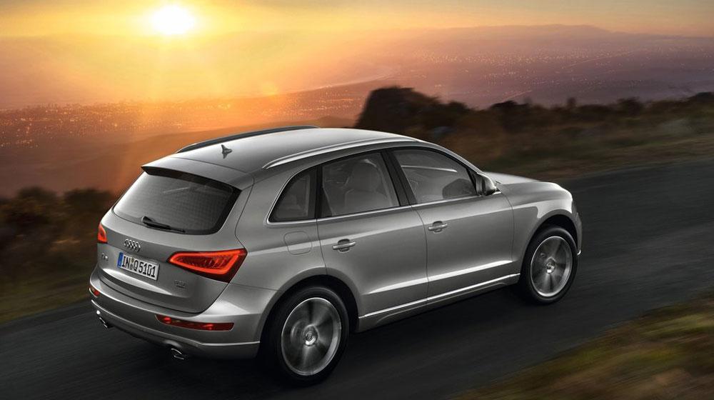 Audi-Q5_2013_1024x768_wallpaper_18.jpg