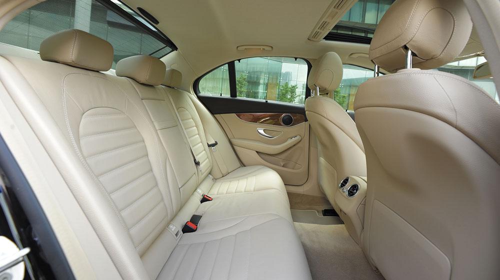 Mercedes-benz-C250-Exclusive-(42).jpg