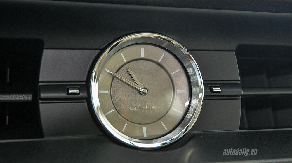 Lexus ES 2016 (23).jpg