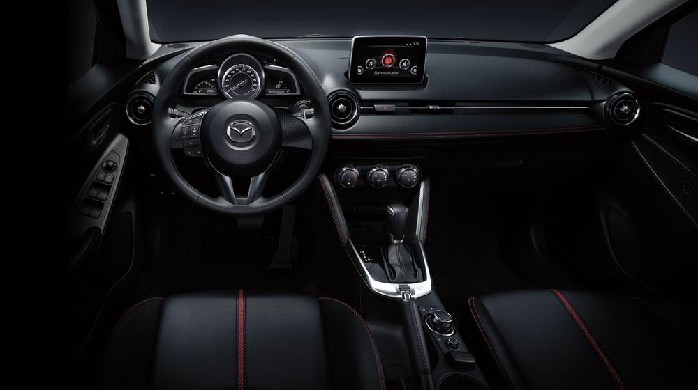 Mazda2-3.jpg