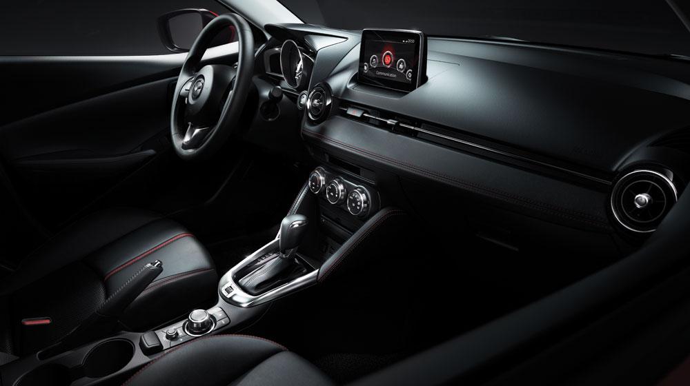 Mazda2-4.jpg