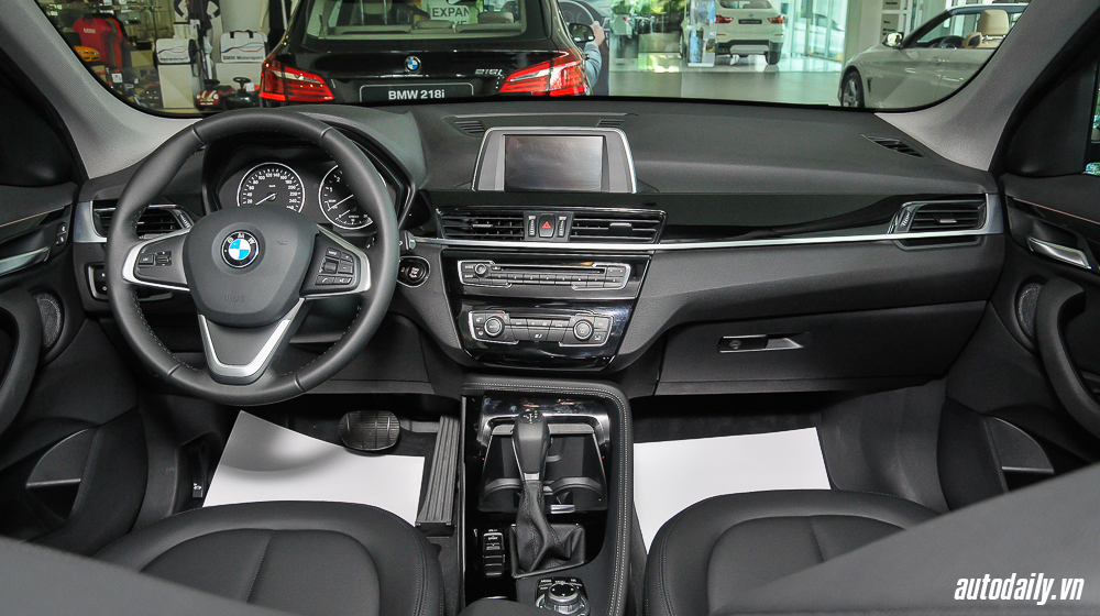BMW_X1_2016 (9).jpg