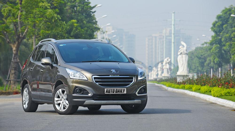 Peugeot 3008 đi 100km hết 6,5L xăng