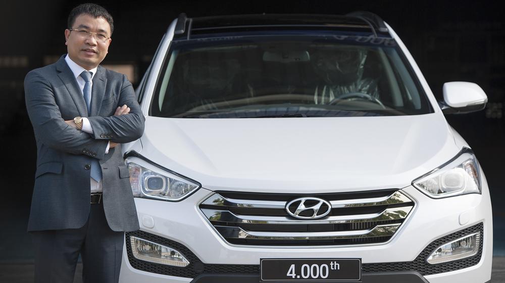 Hyundai SantaFe 4000th - 1 copy.JPG