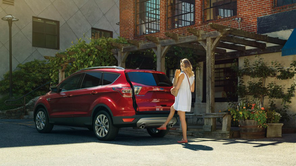 2017-Ford-Escape-Titanium-104-876x535 copy.jpg