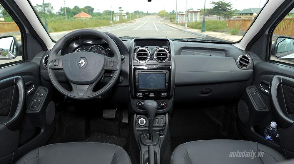 renault-duster-interior-(3).jpg