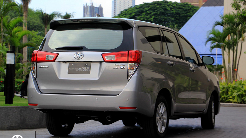 Toyota innova 2016 (6).jpg
