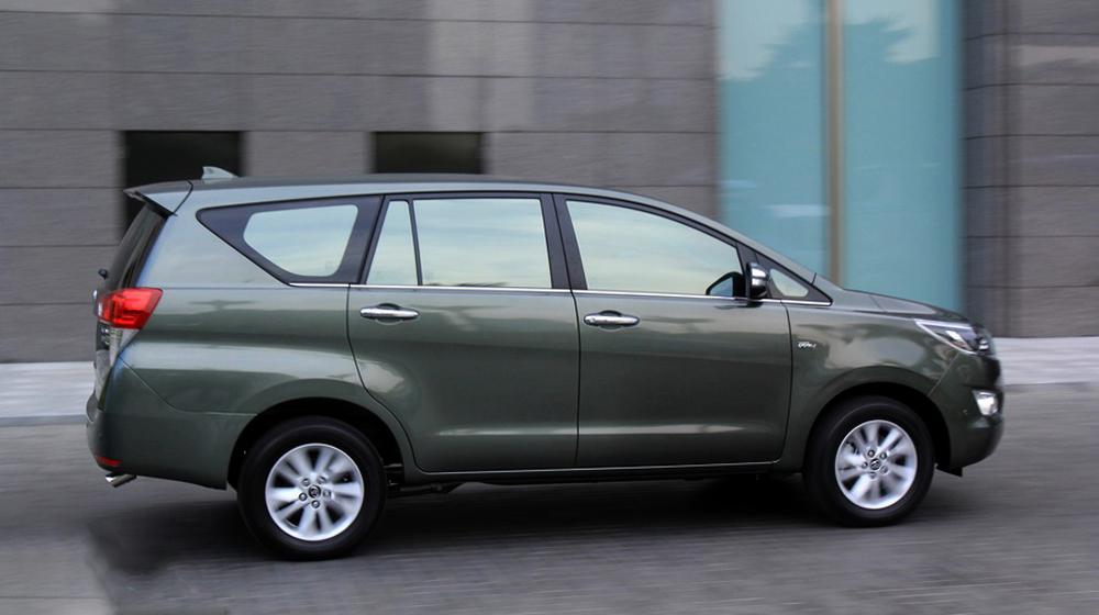 Toyota innova 2016 (8).JPG