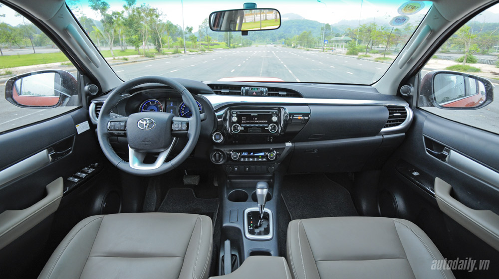 Toyota Hilux test (31).jpg