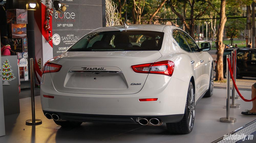Maserati_Ghibli (2).jpg