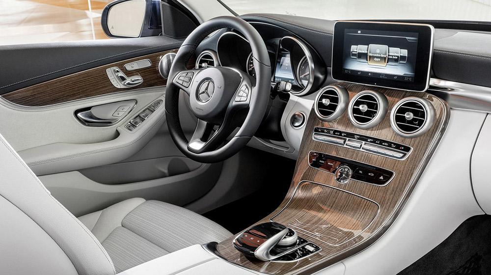 Mercedes-6.jpg