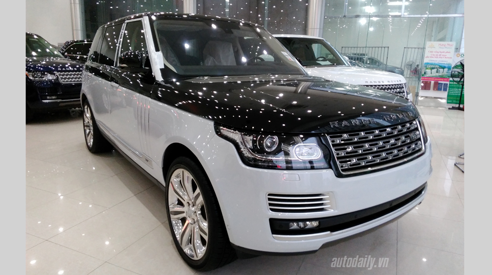 Range Rover SVAutobiography (2).jpg
