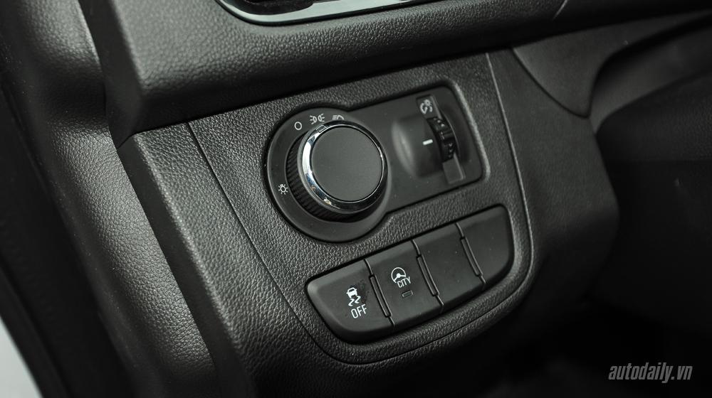 Chevrolet Spark 2016 (27).jpg