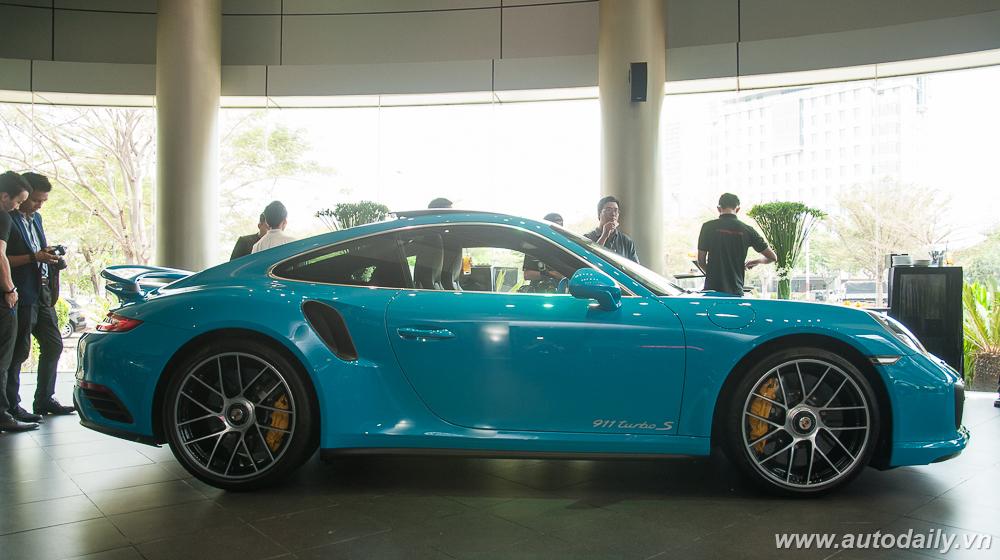 Porsche_911_Turbo_S (26).jpg