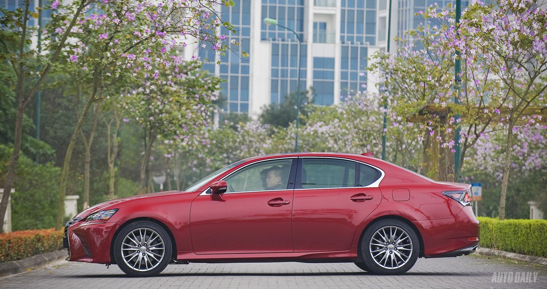Lexus GS350 (7).jpg