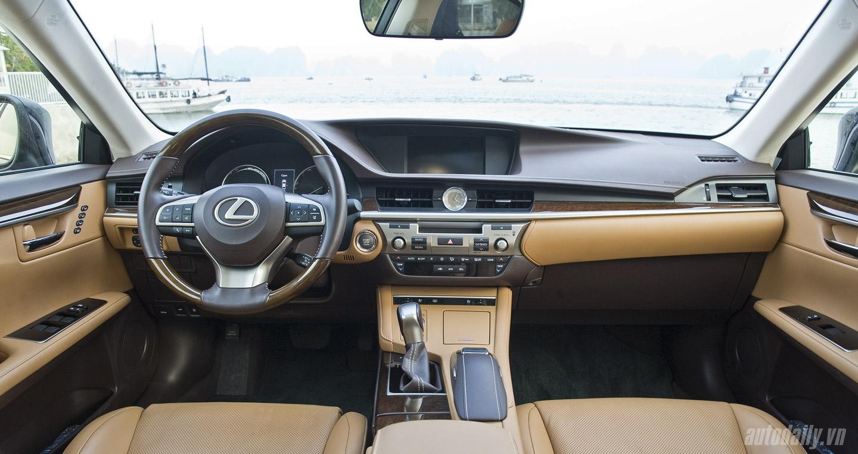 Lexus ES350 (79).jpg