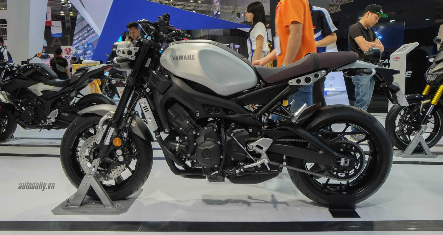 xem th m nh yamaha xsr 900 abs 2016. Black Bedroom Furniture Sets. Home Design Ideas