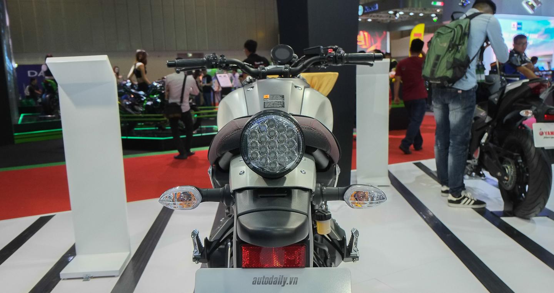 Yamaha_XSR_900 (8).jpg