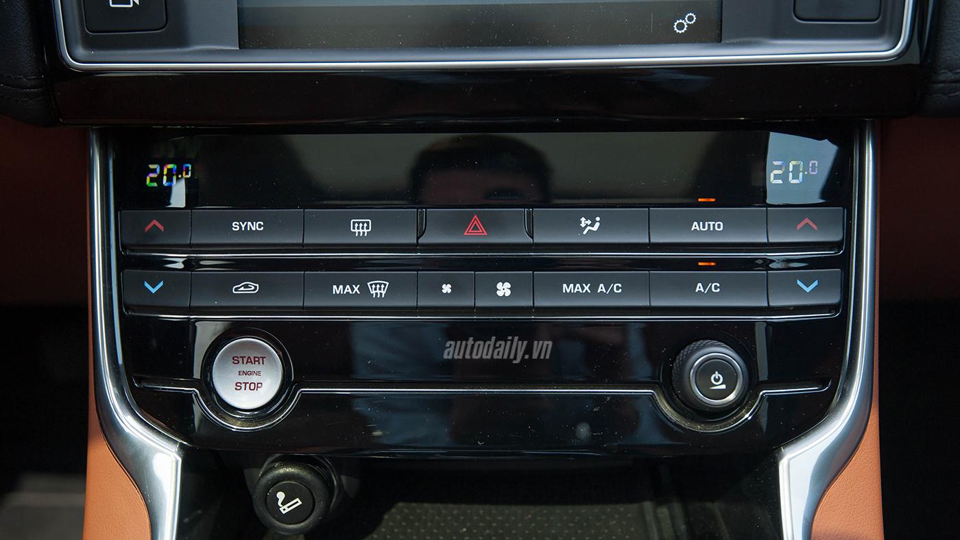 Jaguar XE Test Drive (20).jpg