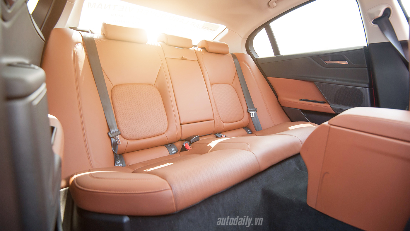 Jaguar XE Test Drive (36).jpg