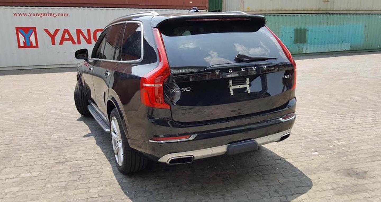 Volvo XC90 3.jpg