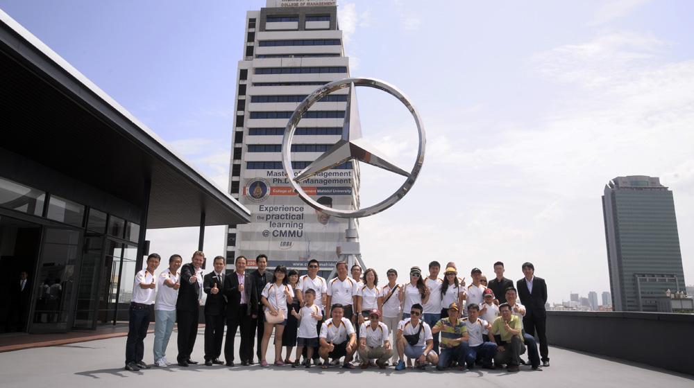 MBFC Caravan, ngày 7: Đến thăm Đại lý Mercedes-Benz Star Flag tại Bangkok