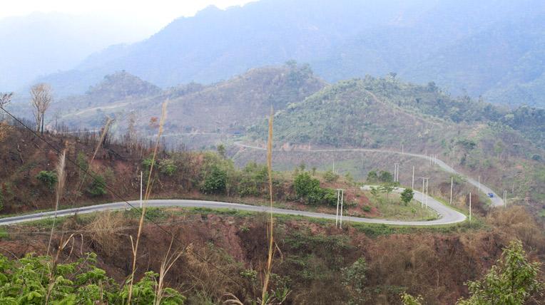 Ngày 7 hành trình Bắc Lào: Thăm cánh đồng Chum - 2