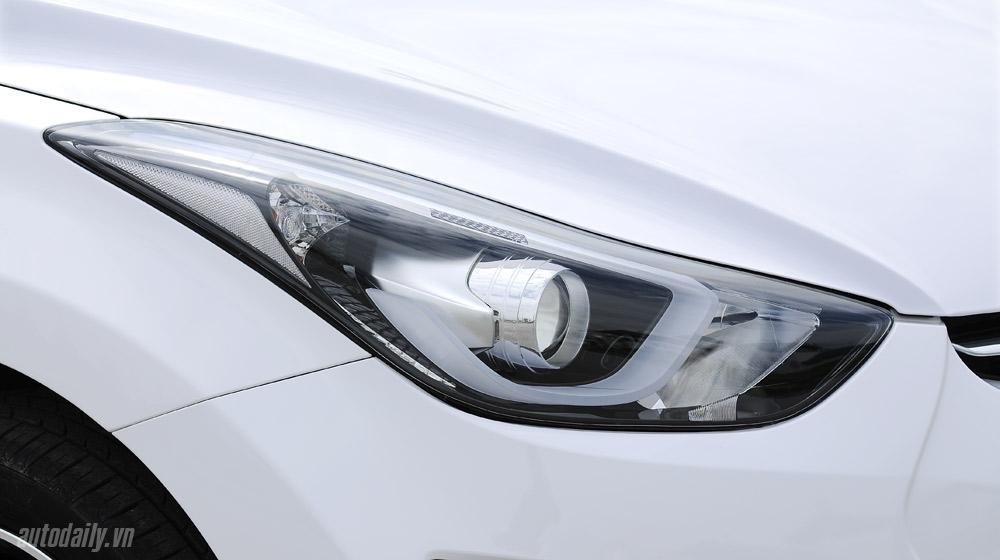 Hyundai-Elantra (28).jpg