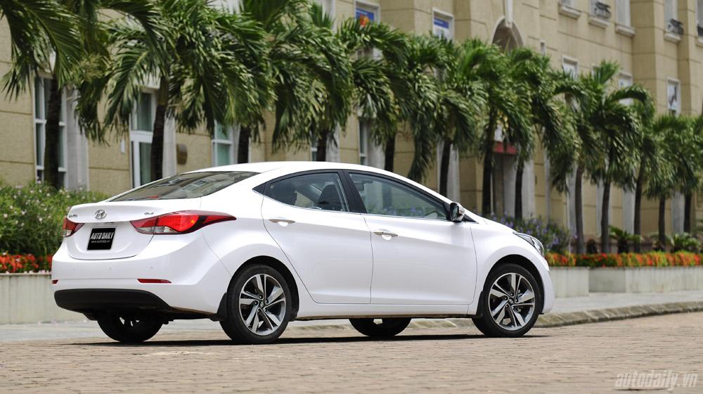 Hyundai-Elantra (5).jpg