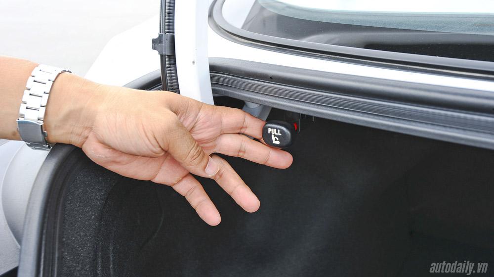 Hyundai-Elantra (57).jpg