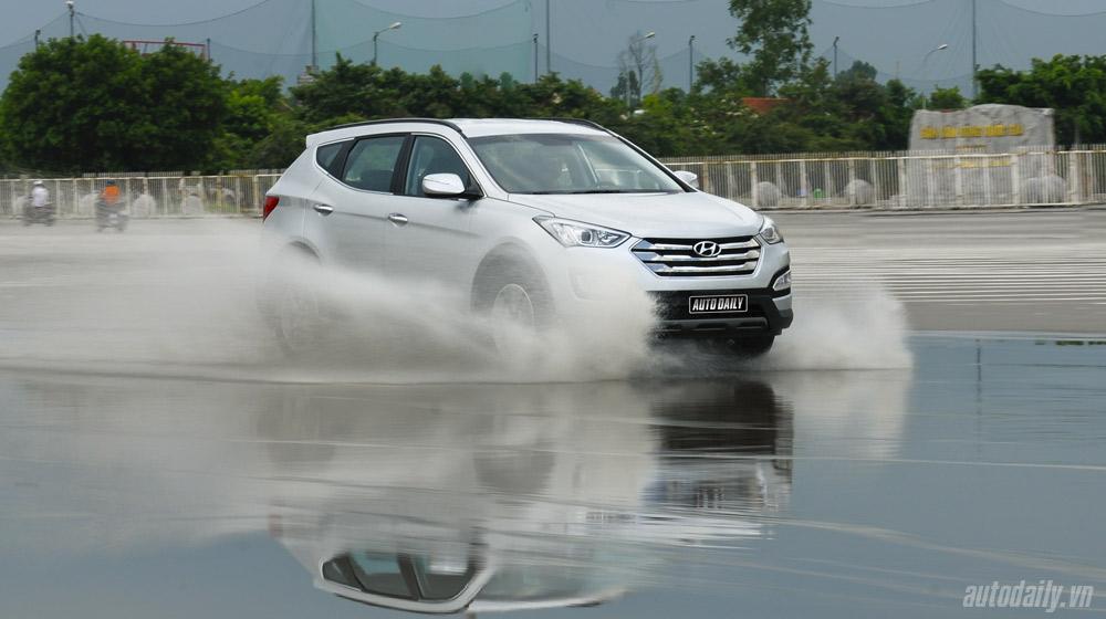 Hyundai-Santafe-2014 (14).jpg