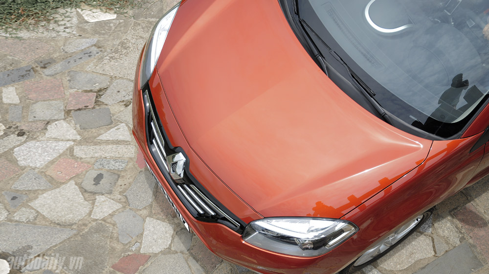 Thưởng thức tiện nghi trên Renault Koleos 2014 - 2