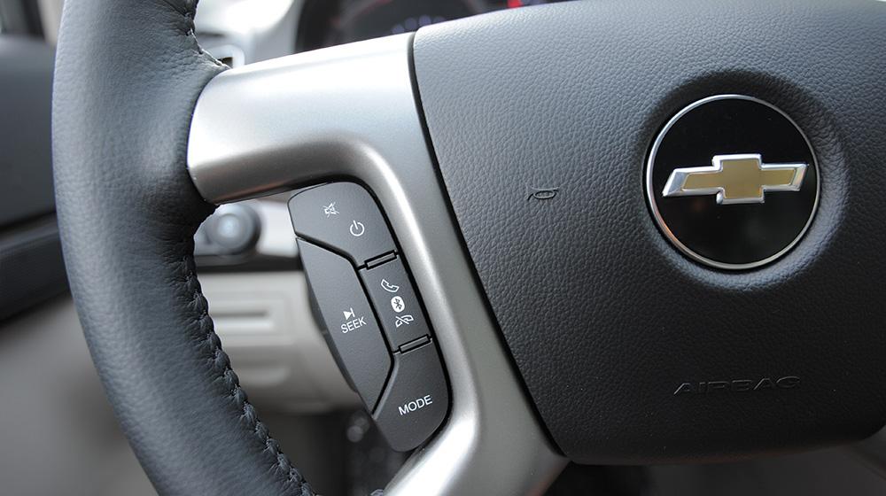 Chevrolet-Captiva-LTZ-2014-15