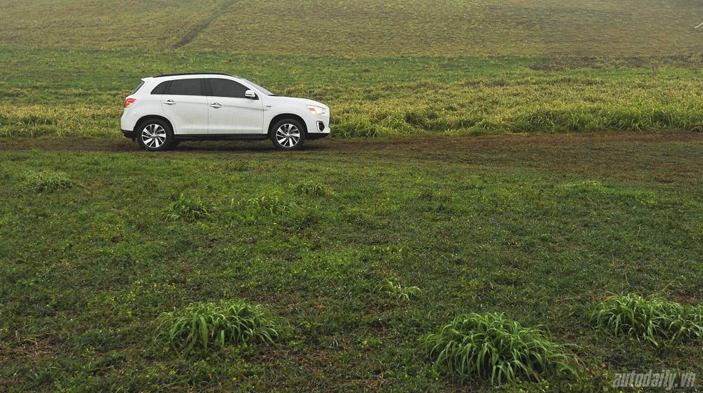 Mitsubishi Outlander Sport 2015 (24).jpg