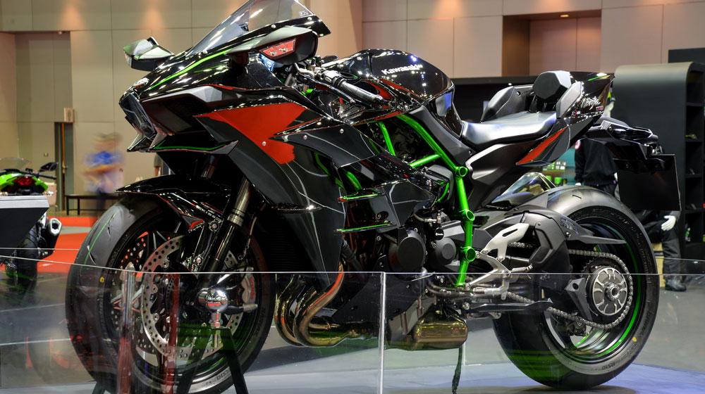Kawasaki-bike-09.jpg
