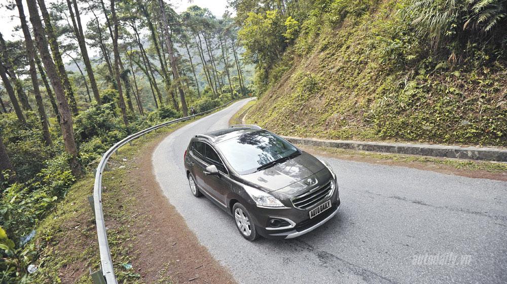 Peugeot-3008-(60).jpg